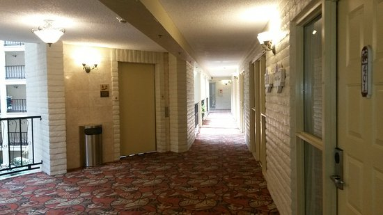 Embassy Suites by Hilton Arcadia Pasadena Area: Hotel interior