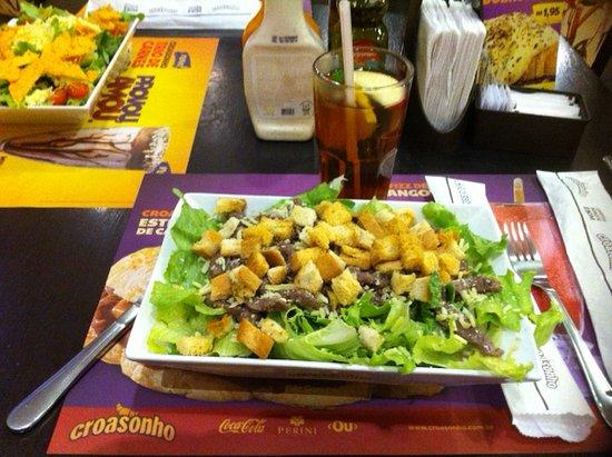 Farroupilha, RS: Salada Ceasar com filet