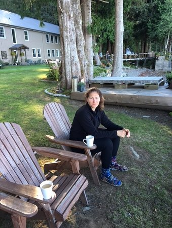 Seachart Lodge : Tricia Having Morning Coffee With Amazing View Of Broken Island National Park