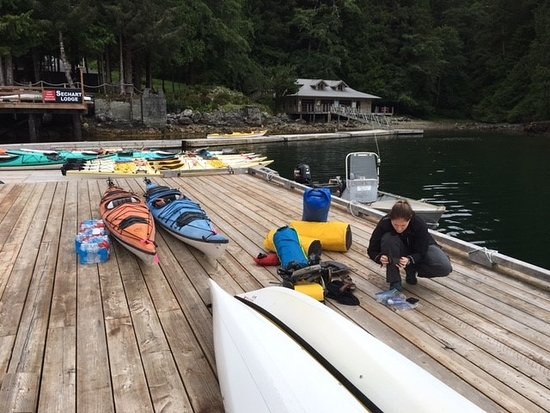 Seachart Lodge : Getting Ready For 7 Day Kayaking Trip