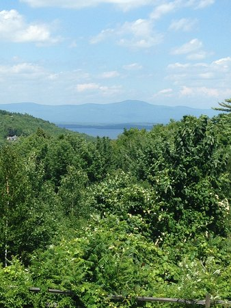 Gilford, Νιού Χάμσαϊρ: View from back deck