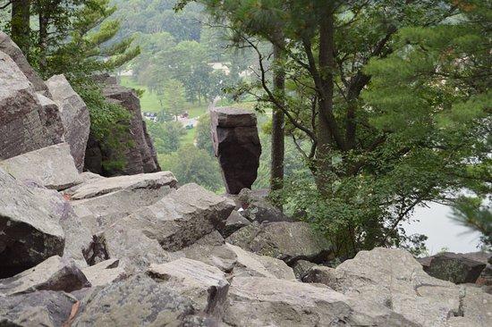 Baraboo, WI: Balanced rock