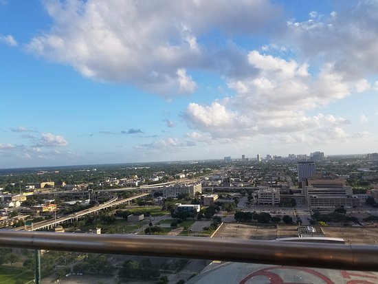 Hilton Americas - Houston: rooftop view (day)