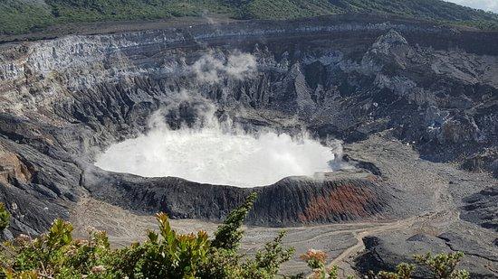 Poas Volcano National Park, Costa Rica: 20160723_083018_large.jpg