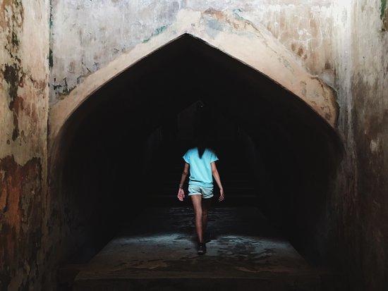 Sumur Gumuling: photo0.jpg