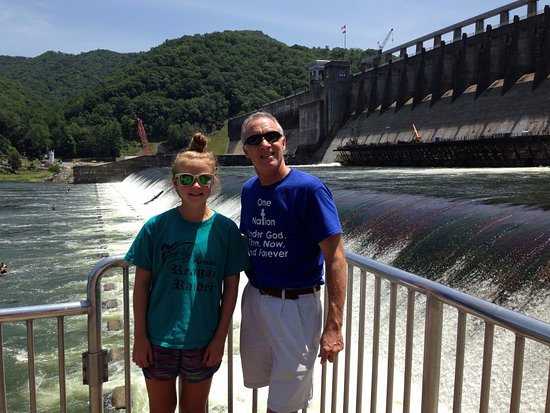 Hinton, WV: pier at the dam