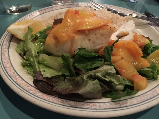 Port Angeles, WA: fresh halibut with grilled peaches