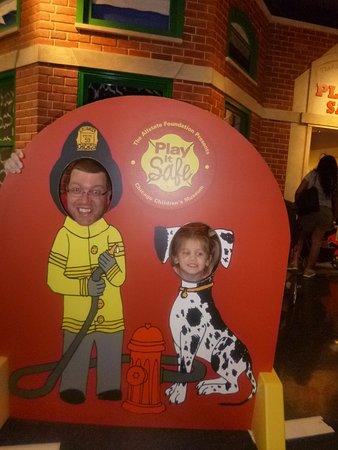 Chicago Children's Museum : Daddy & Molli Bryn at the Navy Pier Children's Museum