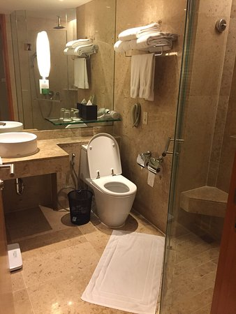 Holiday Inn Bangkok: photo1.jpg