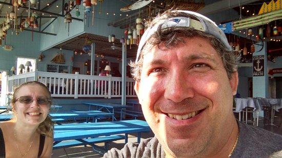 Main Street: <b>Steven Bonacorsi</b> and Lana at Seven Seas Lounge - steven-bonacorsi-and