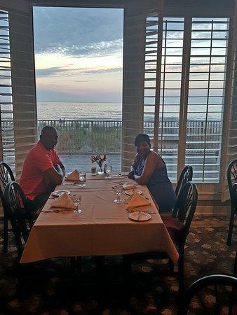 Dunes Manor Hotel & Suites Photo