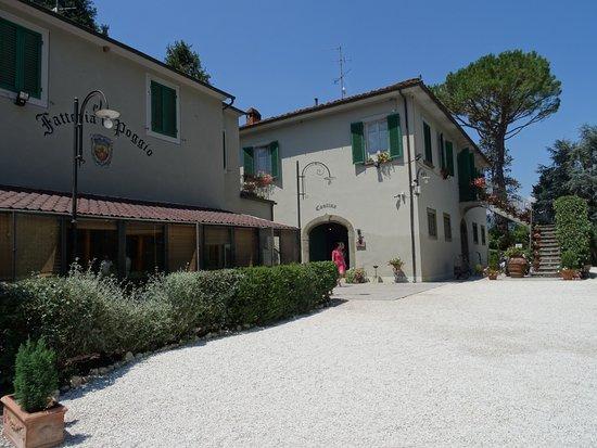 Montecarlo, Italy: Complejo