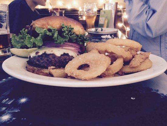 Μπέβερλι, Μασαχουσέτη: Fibber Mc Gee Restaurant