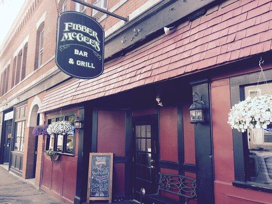 เบเวอร์ลี, แมสซาชูเซตส์: Fibber Mc Gee Restaurant