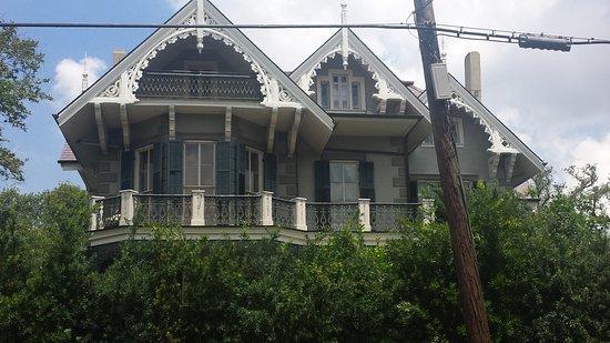 Historic New Orleans Tours: Sandra Bullock's home