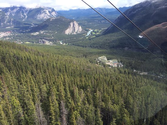 Lake Louise Sightseeing Gondola: Another great view!
