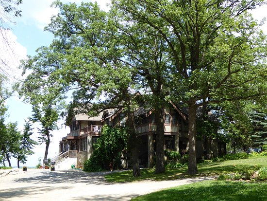 Another view of Spicer Castle, Green lake is just beyond, on back side.