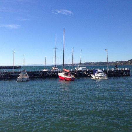 Mornington, Australia: View from The Rocks Restaurant, Morningtom
