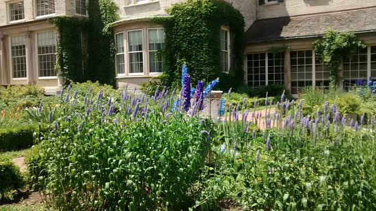 George Eastman Museum: Another view of the garden side of the house.