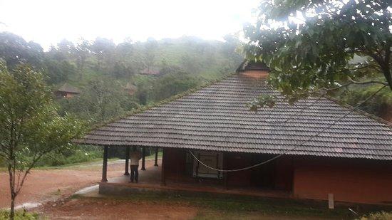 Rain Country Resorts, Lakkidi,Wayanad : 20160722_181916_large.jpg