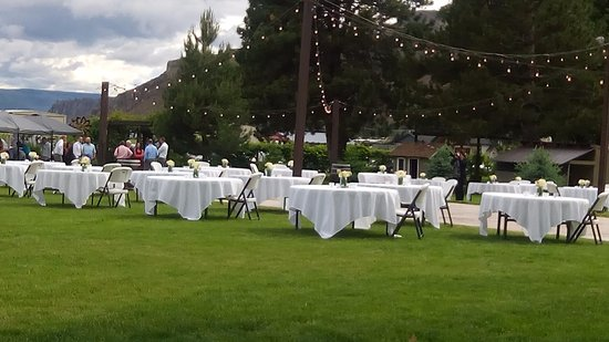 Wapato Point Resort: grounds at Shadow Mt wedding venue