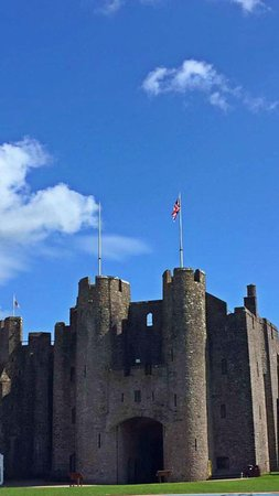 Pembroke, UK: The castle