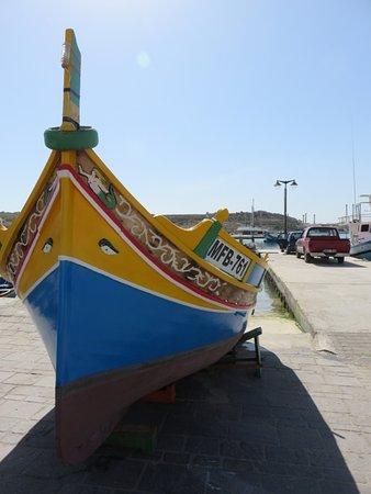 Marsaxlokk, Malta: Luzzu