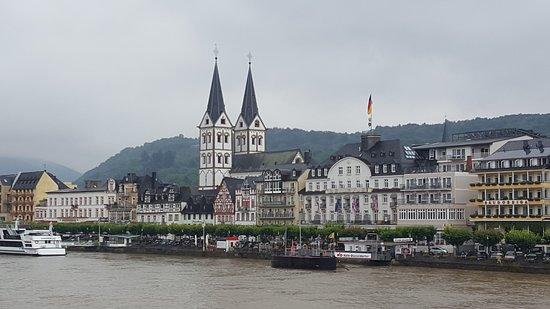 Rhein: Rhine river cruise