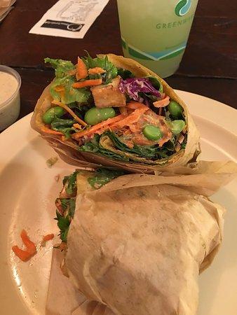 Brea, كاليفورنيا: Thai tofu wrap