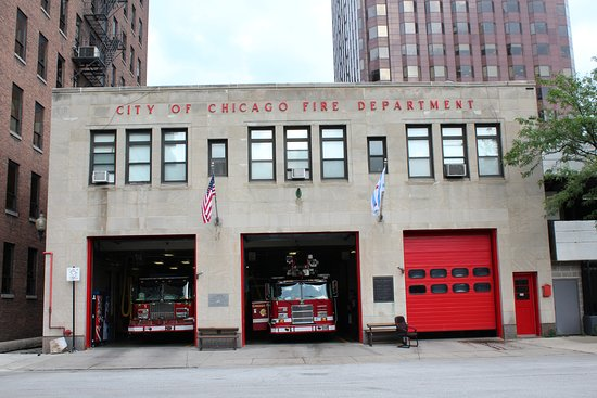Chicago Fire Department Engine 1 Approximately 9 Blocks