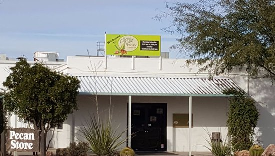 Sahuarita, AZ: Green Valley Pecan Store