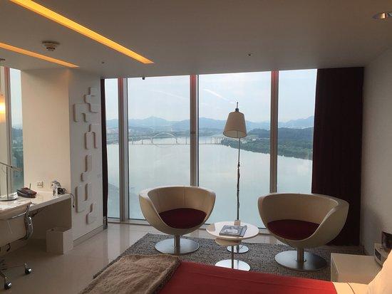 W 서울 워커힐 호텔 사진