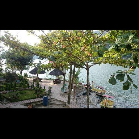 Photo of Pandu Lakeside Hotel Medan