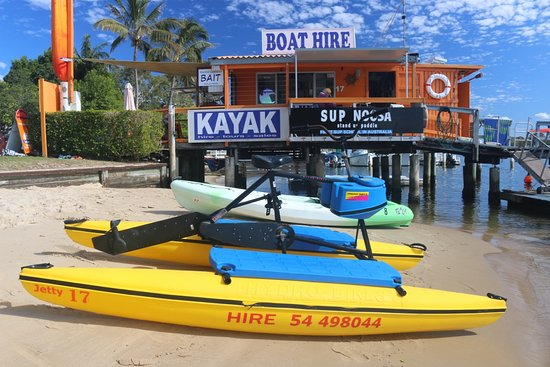 Noosaville, Australien: Waterbike (fun rental for the kids)