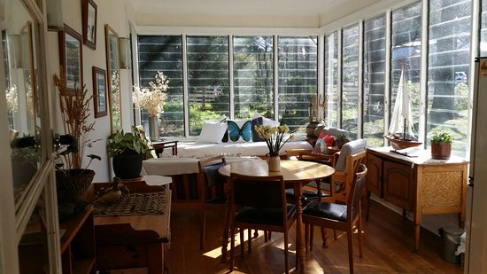 New Norfolk, Australie : view of sunroom