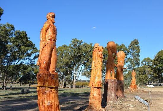 Penola, Australia: Each sculpture has a sign below telling its story.