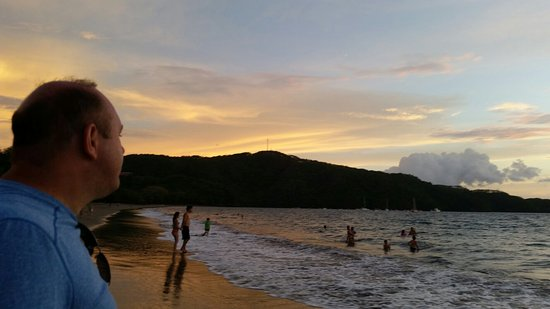 Playa Hermosa: 20160705_201052_large.jpg