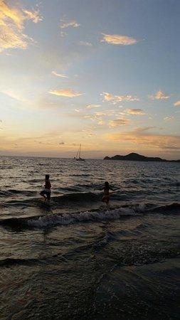 Playa Hermosa: 20160705_201037_large.jpg