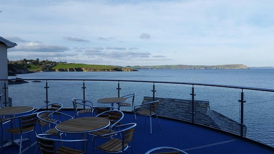 Portscatho, UK: Tapas now being served on the new balcony!