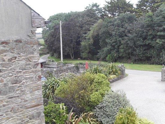 Callestock Courtyard Photo