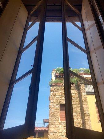 Hotel Restaurant  La Scaletta: Large Window in Room