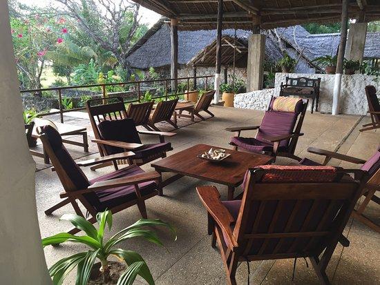 Mafia Island Lodge: Open air lounge