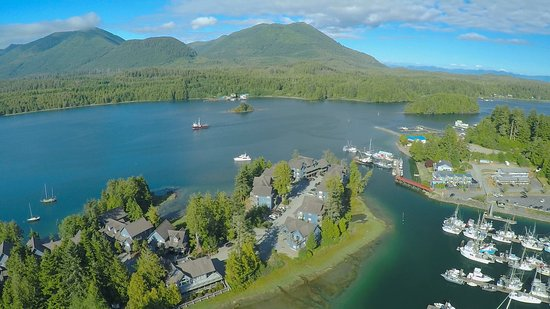 Water's Edge Shoreside Suites: Aerial Picture Of Waters Edge
