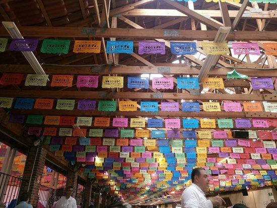 Picture of restaurante arroyo mexico city for Decoracion mexicana