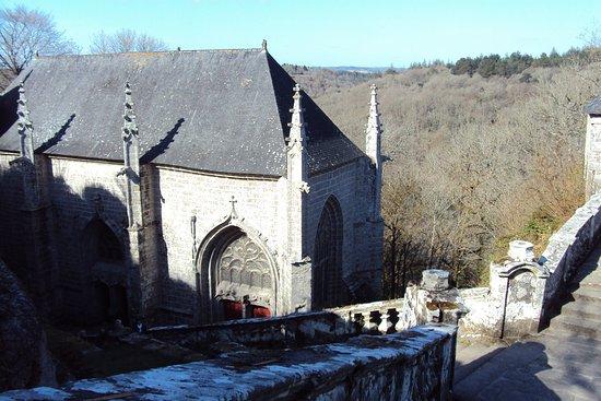 Le Faouet, Франция: Premiers aperçus sur la chapelle