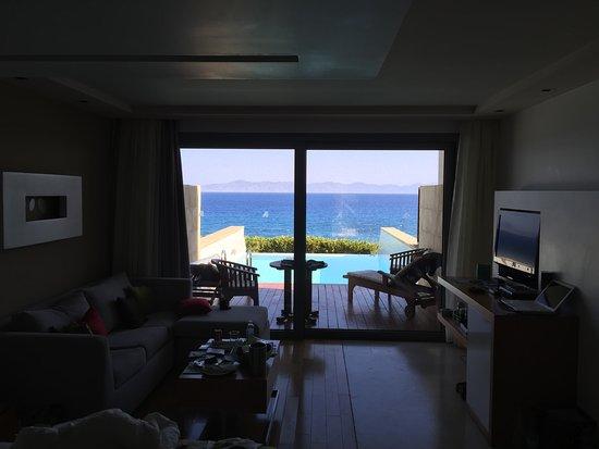 Amathus Elite Suites Görüntüsü