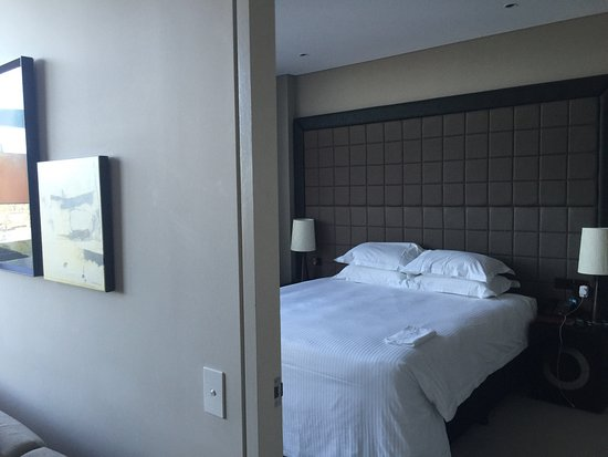 Fraser Suites Perth: photo5.jpg