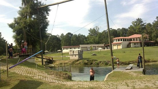 Ponce de Leon, FL: swing and dive