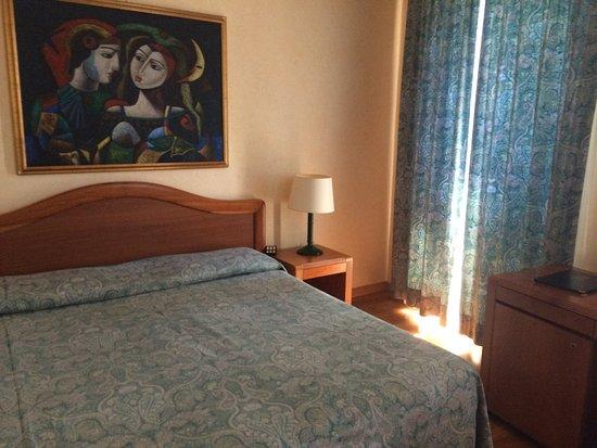 Intra Hotel Photo