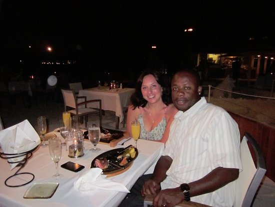 Sun-Sun Beach Bar & Grill: The whole grilled fish was great